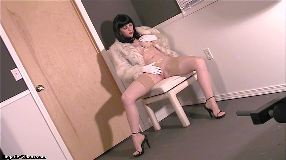 high heels nylons sex videors